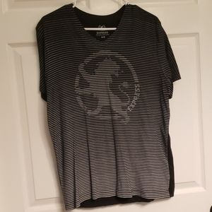 Express Men's Graphic Tee w/ Lion